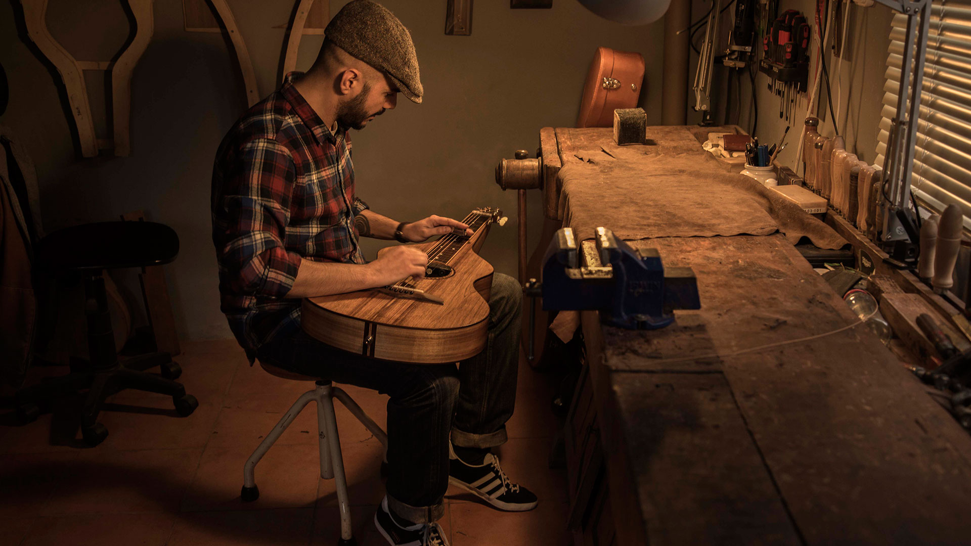 candido-jacob-luthier-03